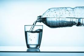 Woda, czyli niezbędny składnik do życia - Testosterone Wiedza